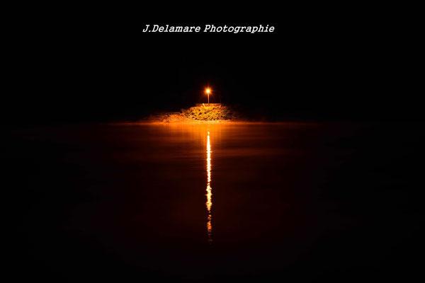Lueur dans le nuit