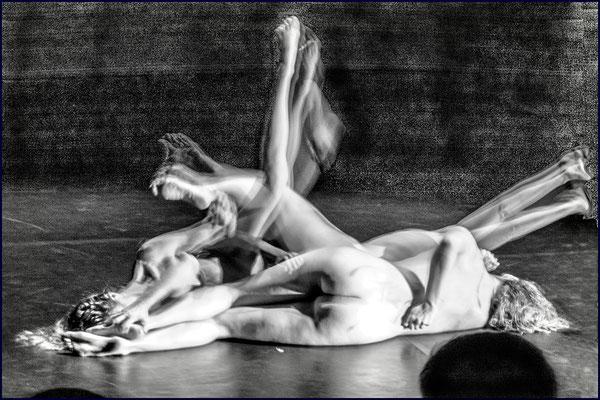 Medea TanzVerseV, Tanztheater mit Texten von Euripides von Katja Erdmann-Rajski; Photo by Götz Wintterlin; 2020