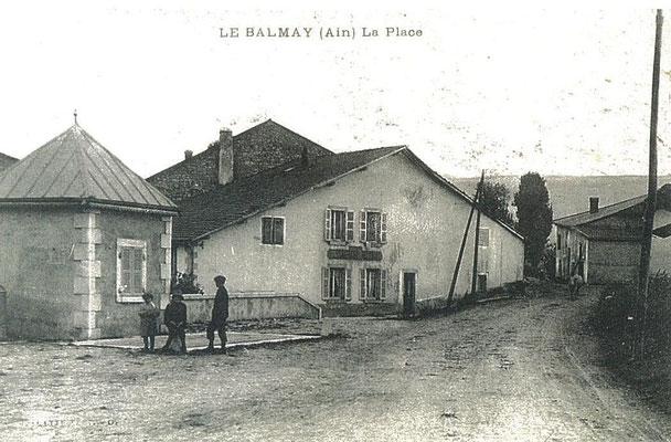 """Place du Balmay: """"La vieille auberge"""""""