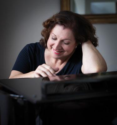 Marie-Catherine Girod, piano