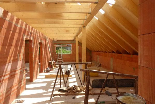 Neubau eines Einfamilienwohnhauses_Baiersdorf_Dachstuahl