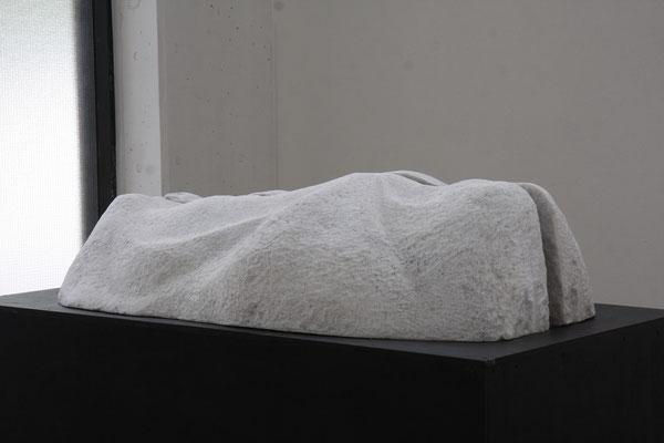 最果て The farthest land  2014 大理石 marble W1200xD700xH330(mm)