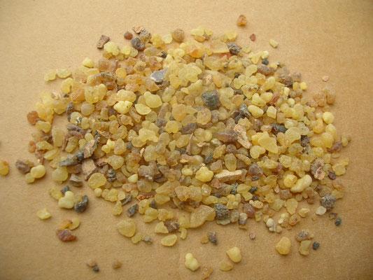 "Boswellia papyrifera ETHIOPIEN - Handelsware ""Granen"" , afrik. Handelsname ""Messer"""