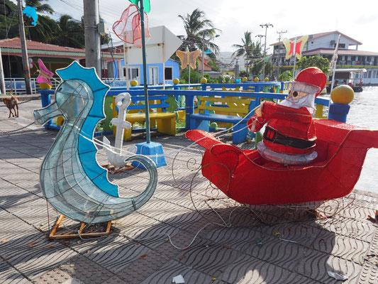 Karibische Weihnachtsdeko auf der ganzen Insel