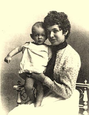 Julie et maman (1904)