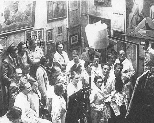 Julie en classe d'examen Académie des arts visuels La Haye (1923)
