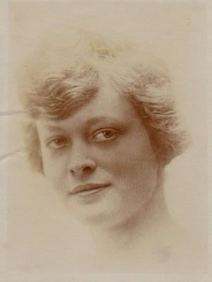 Julie en 1917