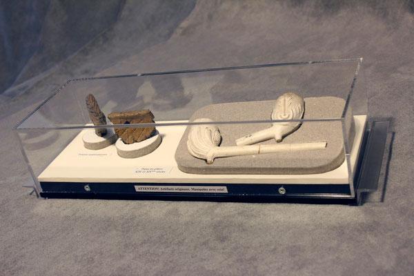Vitrine1 : Poterie amérindienne et pipes de plâtre