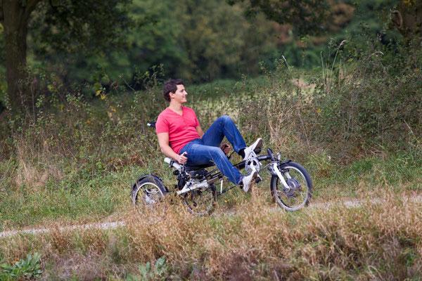 Probefahren des Dreirads Easy Sport von Van Raam im e-motion Dreirad-Zentrum