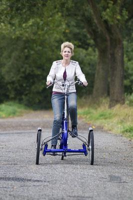 Vorderansicht des Dreirads Viktor von Van Raam