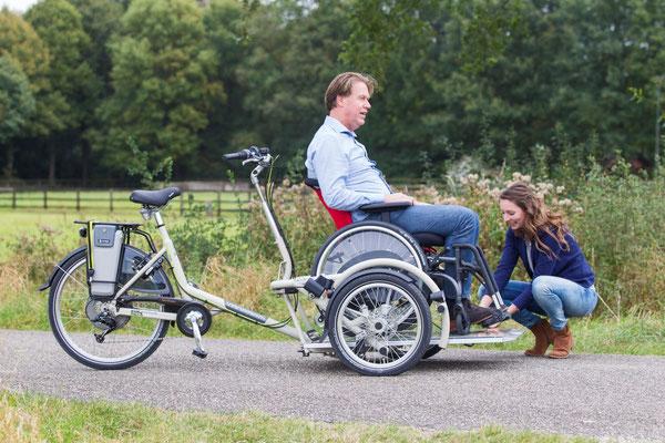 Velo Plus 2 - Das Dreirad mit eigenem Rollstuhl
