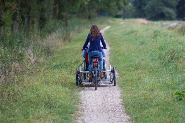 Velo Plus - Das Dreirad mit eigenem Rollstuhl