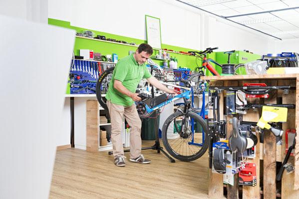 Dreiräder im Dreirad-Zentrum Bielefeld probefahren