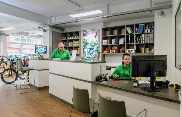 Experten im Dreirad-Zentrum in Bochum