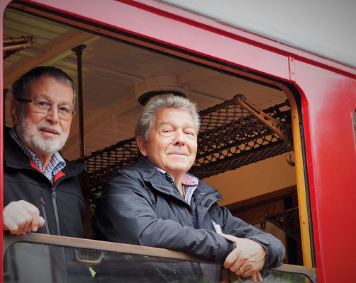 Werner und Hans haben den Überblick beim Ausweichmanöver