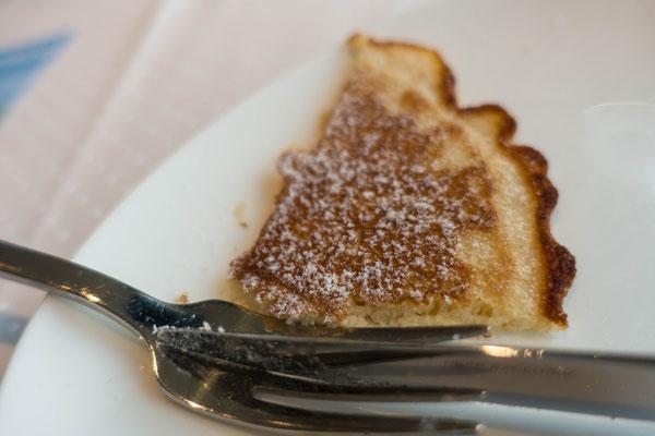 Pfannkuchen mit Puderzucker