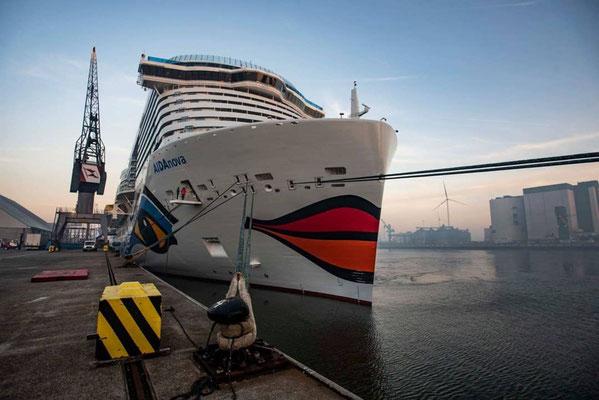 AIDAnova am Ziel in Eemshaven // © Instagram / aida_cruises