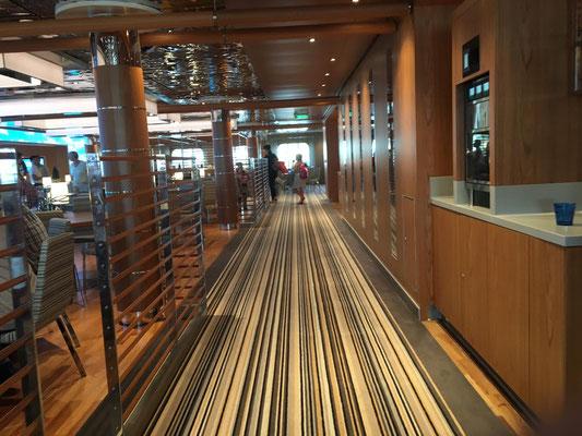 AIDAnova Yachtclub Restaurant|© Timo Köhler