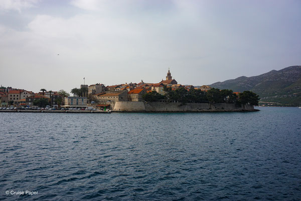 Einlaufen in Korčula