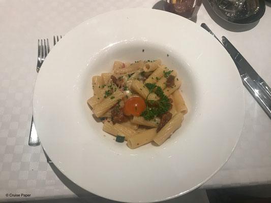 Hauptspeise: Pasta mit Wallnuss-Pesto