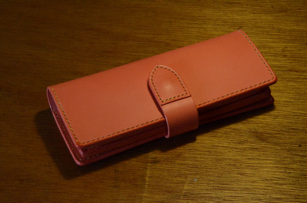 Long Wallet   Multi-storage      Material : saddle leather (pink color) / Size : 210mm × 100mm × T 25mm