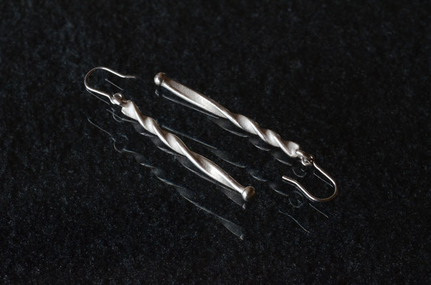 Pierce #3 .                      Material : silver 925 / Size : 35mm × 2mm