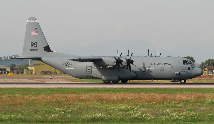 15-5822 RS C-130J-30 382-5822 37th AS © Piti Spotter Club Verona