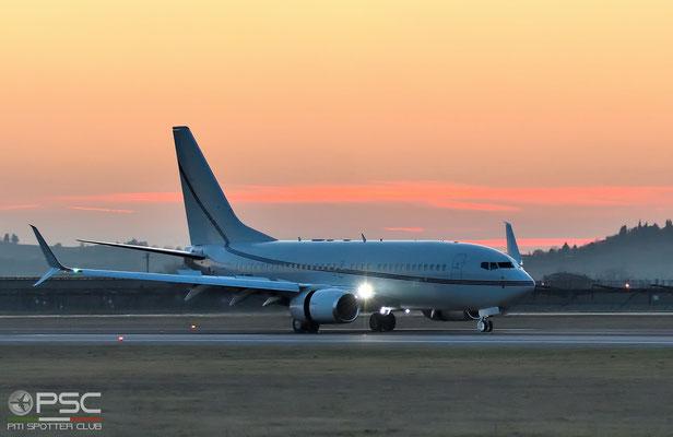 VP-BWA A319-111 2052 Aurora