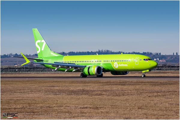 VQ-BGW B737-8 43302/7166 S7 Airlines