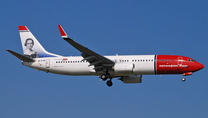EI-FVN B737-800 42085/6337 Norwegian