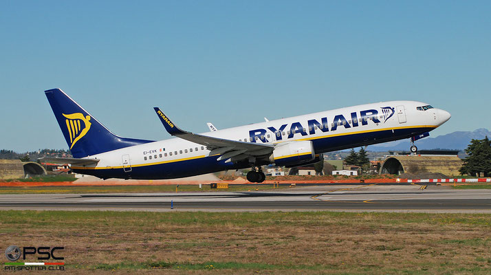 EI-EVK B737-8AS 40298/3958 Ryanair