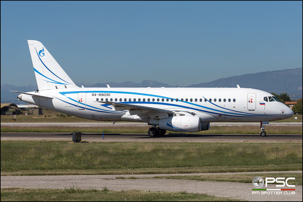 95058 RRJ-95LR RA-89030 Gazpromavia