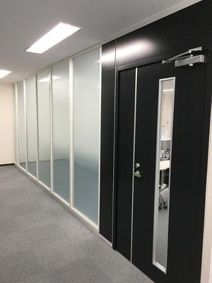 会議室入り口