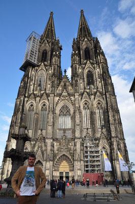 In Köln bei den Halsbandsittichen.