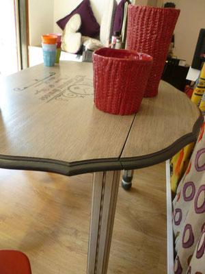 Table deux rabats rénovée