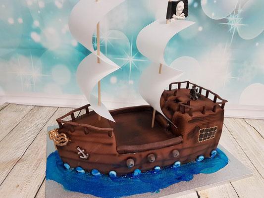 Piraten Schiff Torte Renates Torten Design Vorarlberg