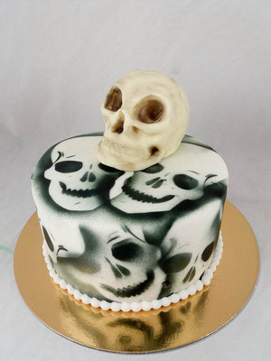 Schädel Skull  Geburtstagstorte Renates Torten Design