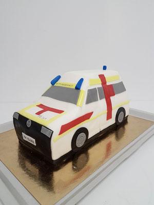 Krankenwagen Torte Renates Torten Design Vorarlberg