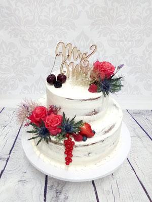 Hochzeitstorte Semi Naked Cake mit Beeren und Blumen, Disteln, Renates Torten Design