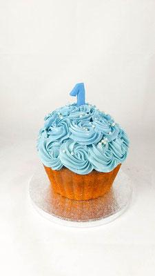 Kindertorte 1ter Geburtstag@ Renates Torten Design