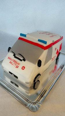 Krankenwagen Torte  @ Renates Torten Design