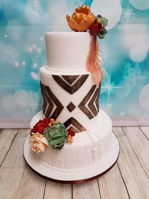 Moderne Hochzeitstorte Vorarlberg Renates Torten Design