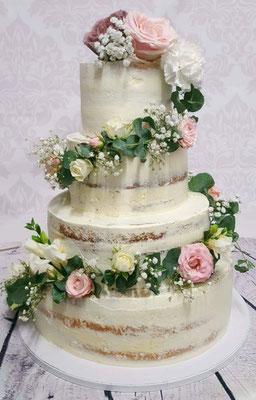 Hochzeitstorte Semi Naked Cake mit Blumengirlande Renates Torten Design
