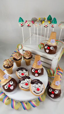 Fasching Sweet Table Cake Pops Renates Torten Design Vorarlberg