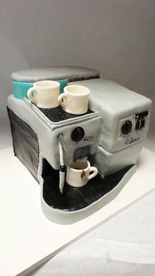 Geburtstagstorte Kaffeemaschine @ Renates Torten Design