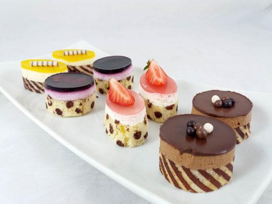 Petit Fours Renates Torten Design