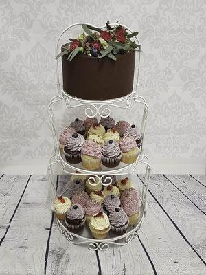 Vintagehochzeitstorte Cupcaketower