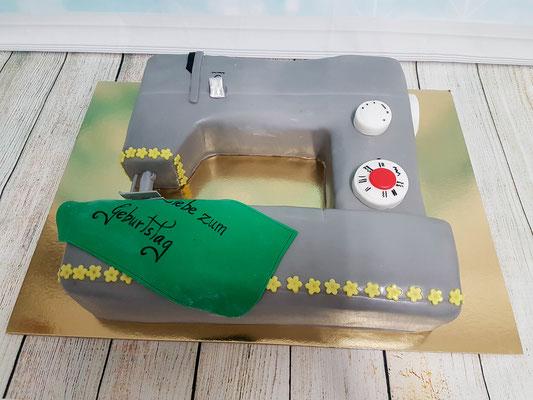 Nähmaschiene Torte Renates Torten Design Vorarlberg
