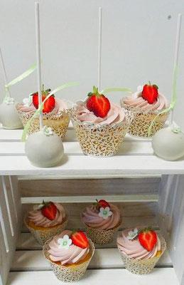Cake Pops Cupcakes Hochzeit @ Renates Torten Design