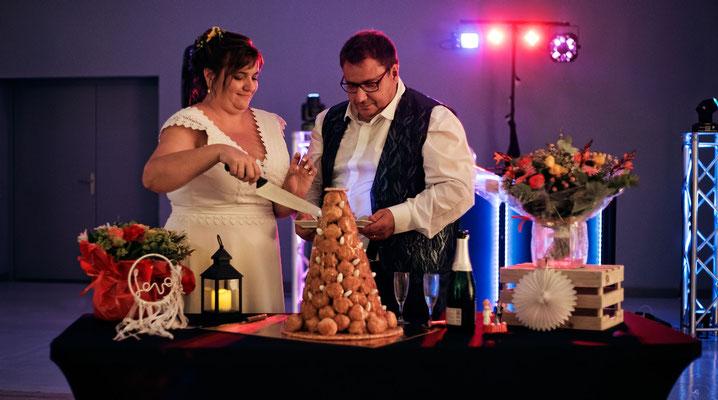 Découpage du Gâteaux de Mariage